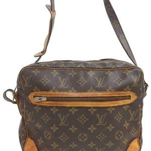 Louis Vuitton  Ultra Rare Monogram Potomac Crossbo